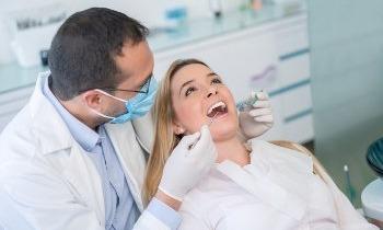 UKV ZahnPRIVAT versichert angeratene Implantate